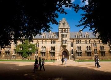 Universitas Oxford