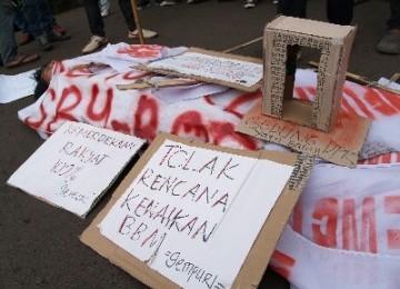 Unjuk rasa menolak kenaikan BBM di Jakarta beberapa waktu lalu.