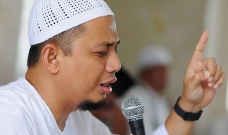 Ust Arifin Ilham