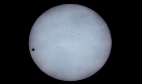 Subhanallah, Ini Mukjizat Penciptaan Matahari