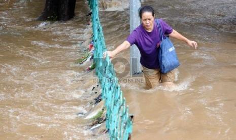 22 Ruas Jalan yang Masih Tergenang Banjir