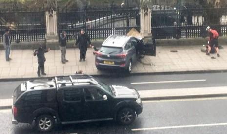 Pelaku Serangan London Gunakan Mobil Sewaan