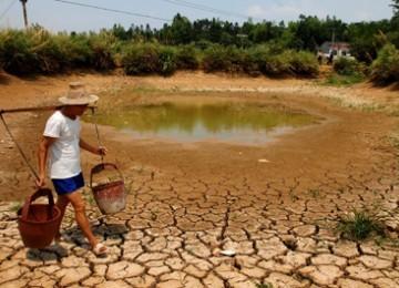 Krisis Air Bersih Kian Meluas
