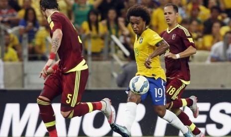 Brasil Taklukkan Venezuela 3-1