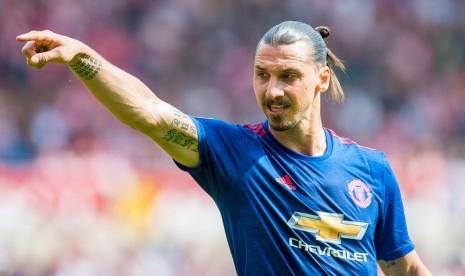 Herrera Yakin Ibrahimovic tak akan Pensiun