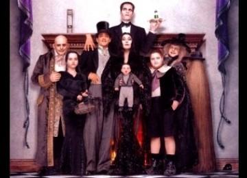 Google Doodle Rayakan 100 Tahun Pencipta Keluarga Fiksi 'Addams Family'
