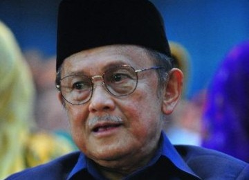 Habibie Ingin Kembalikan Kejayaan Industri Dirgantara Indonesia