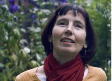 Emma Clark, Arsitek Taman Istana  yang Jatuh Hati pada Islam