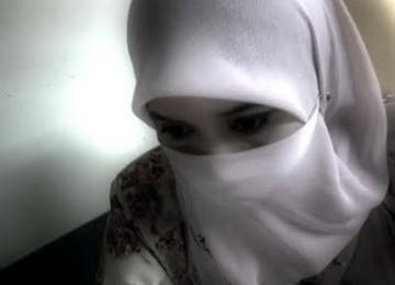 Fatwa Qardhawi: Hukum Wanita Memandang Laki-Laki