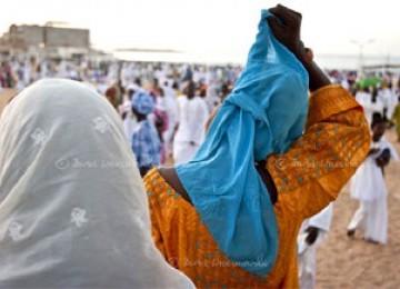 Lawan Kristenisasi, Massa di Senegal Bakar Gereja