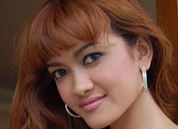 Tolak Jupe Manggung di Bandung, Poster Julia Perez binti Dajjal Diarak Massa