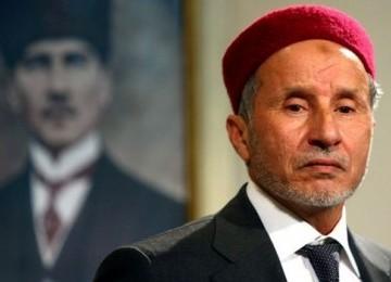 Mustafa Abdul Jalil, Sang Hakim Pemberontak