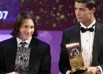 Jangan Bandingkan Messi-Ronaldo