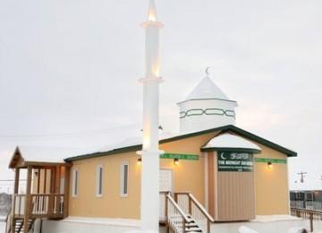 Muslim Terus Berkembang di Kutub Utara