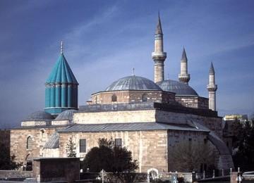 Melihat Jejak-jejak Rumi di Konya