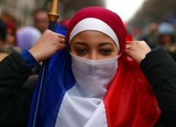 Debat Sekularisme vs Islam Gagasan Partai Sarkozy Dikecam