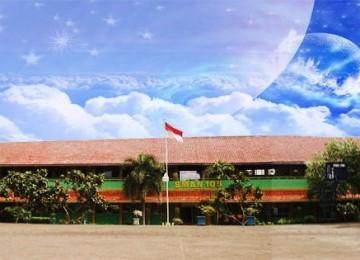 Anggapan 'Sekolah Negeri Paling Berkualitas' Picu Penyelewengan