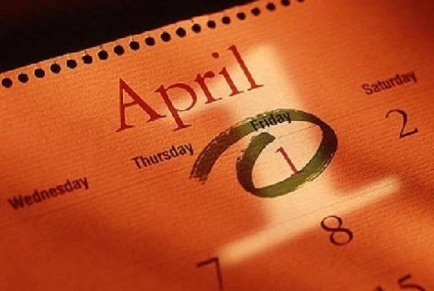 1 April (April Mop)  / ilustrasi
