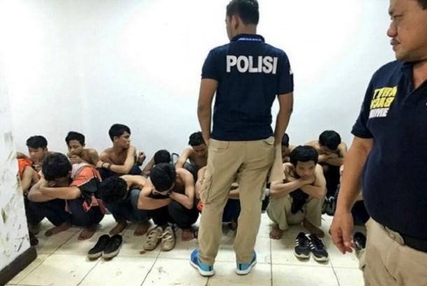 Anggota The Jakmania yang diamankan polisi