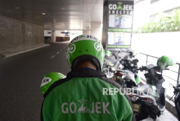 Aplikasi Gojek kini memiliki berbagai layanan yang membantu kehidupan sehari-hari.