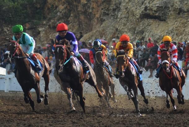 Arena pacuan kuda (ilustrasi)