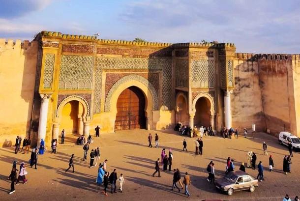 Bangunan bersejarah di Meknes, Maroko.