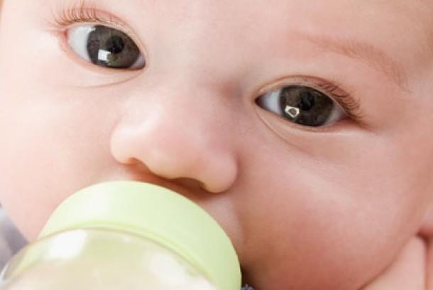 Bayi dan susu formula