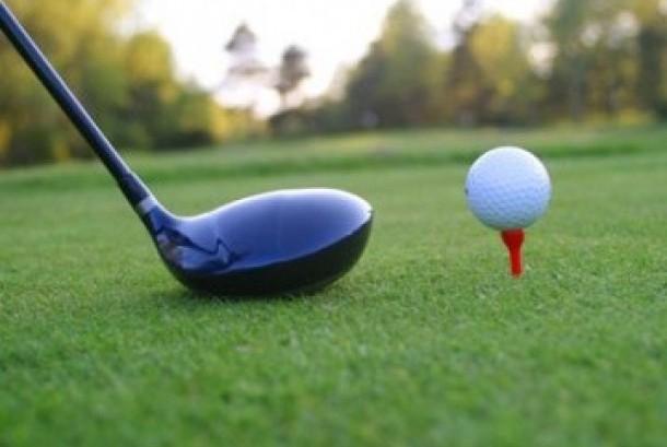 Bermain golf, ilustrasi