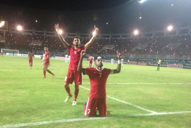 Boaz Solossa merayakan golnya ke gawang Vietnam. Indonesia menang 2-1 atas Vietnam pada semifinal pertama Piala AFF 2016.