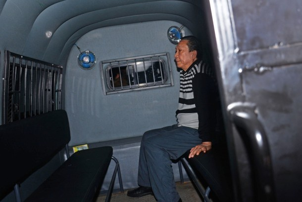 Former Director of Bank Harapan Sentosa, Samadikun Hartono, was questioned at Attorney General Office, Jakarta, Thursday (April 21) on Bank Indonesia Liquidity Support (BLBI) graft case.