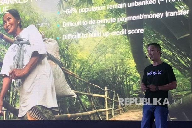 CEO Payfazz Hendra Kwik sedang menjelaskan layanannya dalam fasilitasi Indigo.id ke Global Venture Summits di Bali, baru-baru ini.
