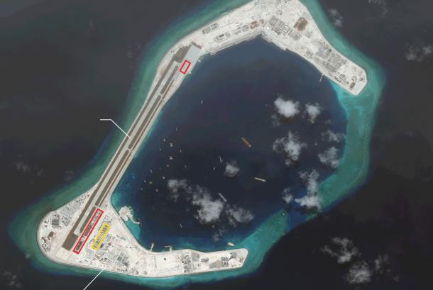 Citra satelit terbaru menunjukkan pembangunan hanggar militer di Karang Subi, Laut Cina Selatan oleh Cina.