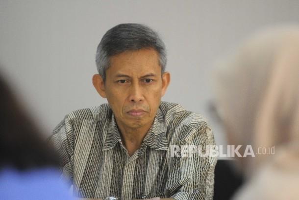 Deputi Komisioner Pengawas Indistri Keuangan non bank (IKNB)I OJK Edy Setiadi