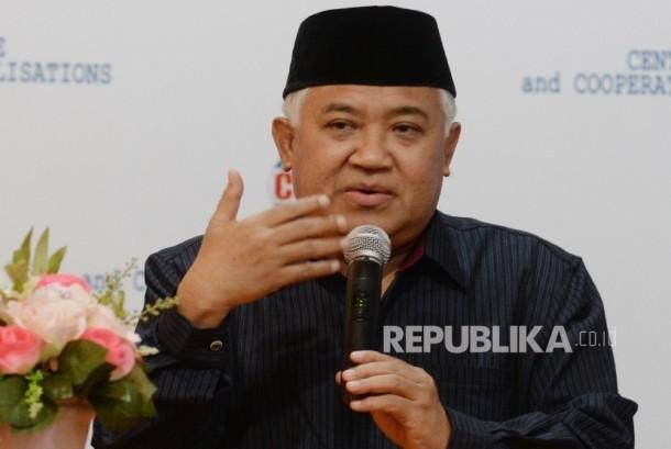 Direktur Eksekutif Centre for Dialoque and Cooperation Among Civilisation (CDCC) Presidium Interreligious Council (IRC) Din Syamsuddin memberi keterangan pers terkait persiapan Pilkada di Jakarta, Senin (17/10).