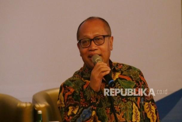 Direktur Utama BPJS Ketenagakerjaan Agus Susanto menyampaikan kata sambutannya pada acara Penandatanganan nota kesepahaman antara BPJS Ketenagakerjaan dengan CIMB Niaga dilakukan di Jakarta, Selasa (26/9).