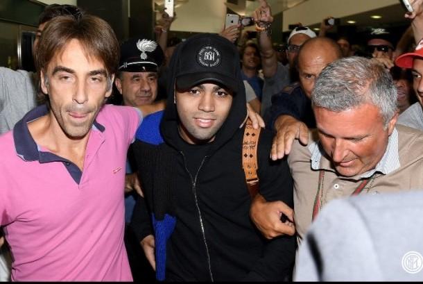 Gabriel Barbosa tiba di Bandara Malpensa, Milan.