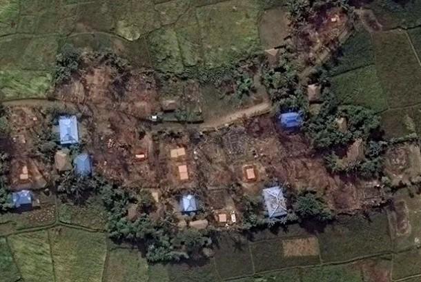 Gambar citra satelit kondisi desa-desa di negara bagian Rakhine, Myanmar, yang dihuni oleh etnis Muslim Rohingya, pada November 2016.