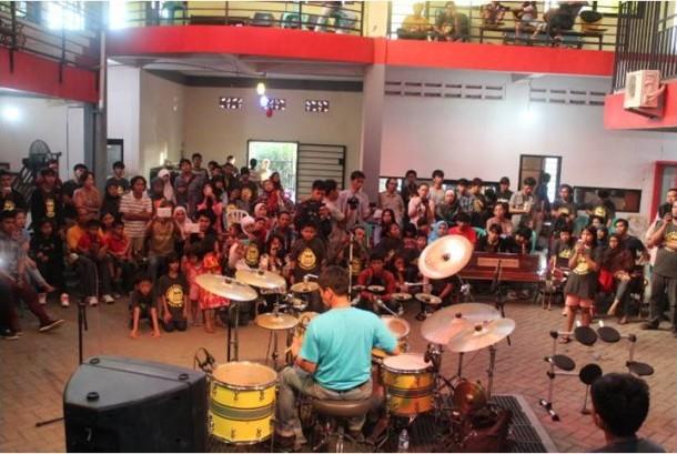 Grand Opening Gilang Ramadhan Studio Band Cabang Cilegon–Serang.