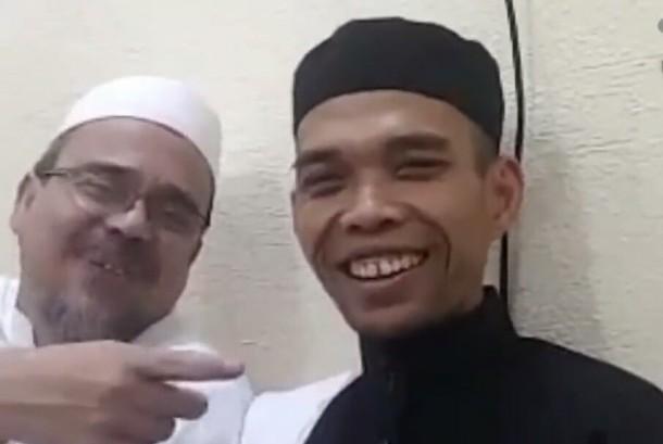Habib Rizieq Shihab dan Ustaz Abdul Somad saat bertemu di Makkah