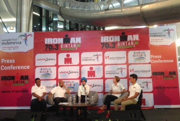 jumpa pers Ironman 70.3 di FX Lifestyle Mall, Jakarta.