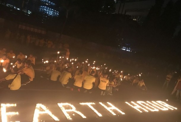 Kawasan SCBD memperingati tahun ke-10 Earth Hour di Jakarta, Sabtu (25/3) malam.