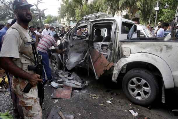 Bom Bunuh Diri Tewaskan Pasukan Elite Pakistan