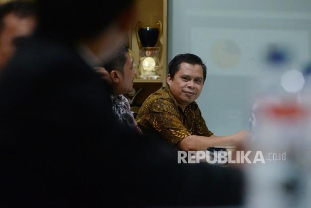 Ketua Divisi Humas Badan Wakaf Indonesia (BWI) Khaerul Huda bersama yayasan wakaf mengunjungi kantor Republika, Jakarta, Senin (25/9).
