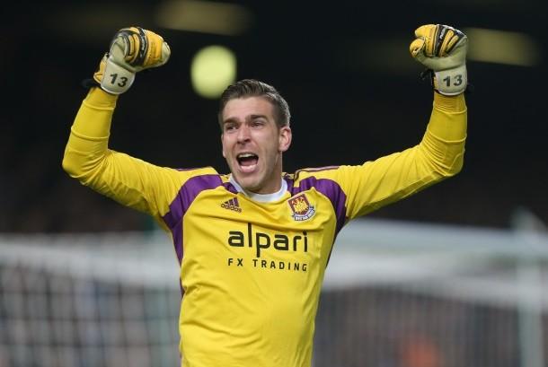 Kiper West Ham United, Adrian.