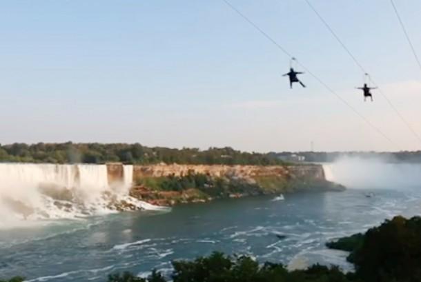 Lokasi wisata Niagara Falls di Amerika