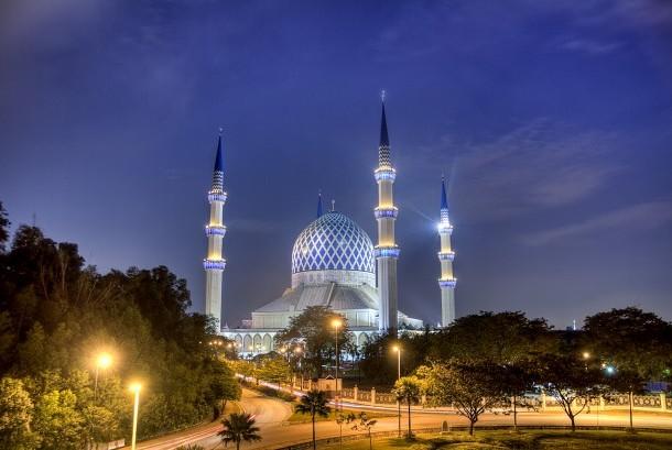 Masjid Sultan Salahuddin Abdul Aziz Shah.