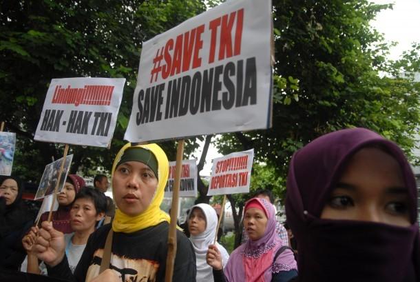 Massa menuntut Pemerintah Indonesia peduli dengan nasib TKI di Arab Saudi. (Ilustrasi)
