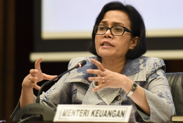 Menteri Keuangan Sri Mulyani memberikan keterangan pers di Gedung Djuanda, Kemenkeu, Jakarta, Rabu (12/10).