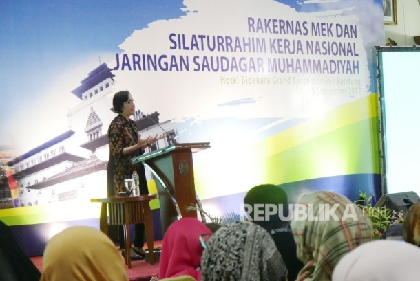 Finance Minister Sri Mulyani addresses her speech during the opening of the National Working Meeting of Economic and Corporate Council (Rakernas MEK) and National Hospitality of Muhammadiyah Merchants Network (Silkanas JSM) in Bandung city, Wednesday (Sept 13).