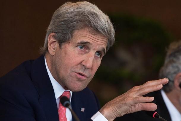 Mantan menteri luar negeri AS John Kerry